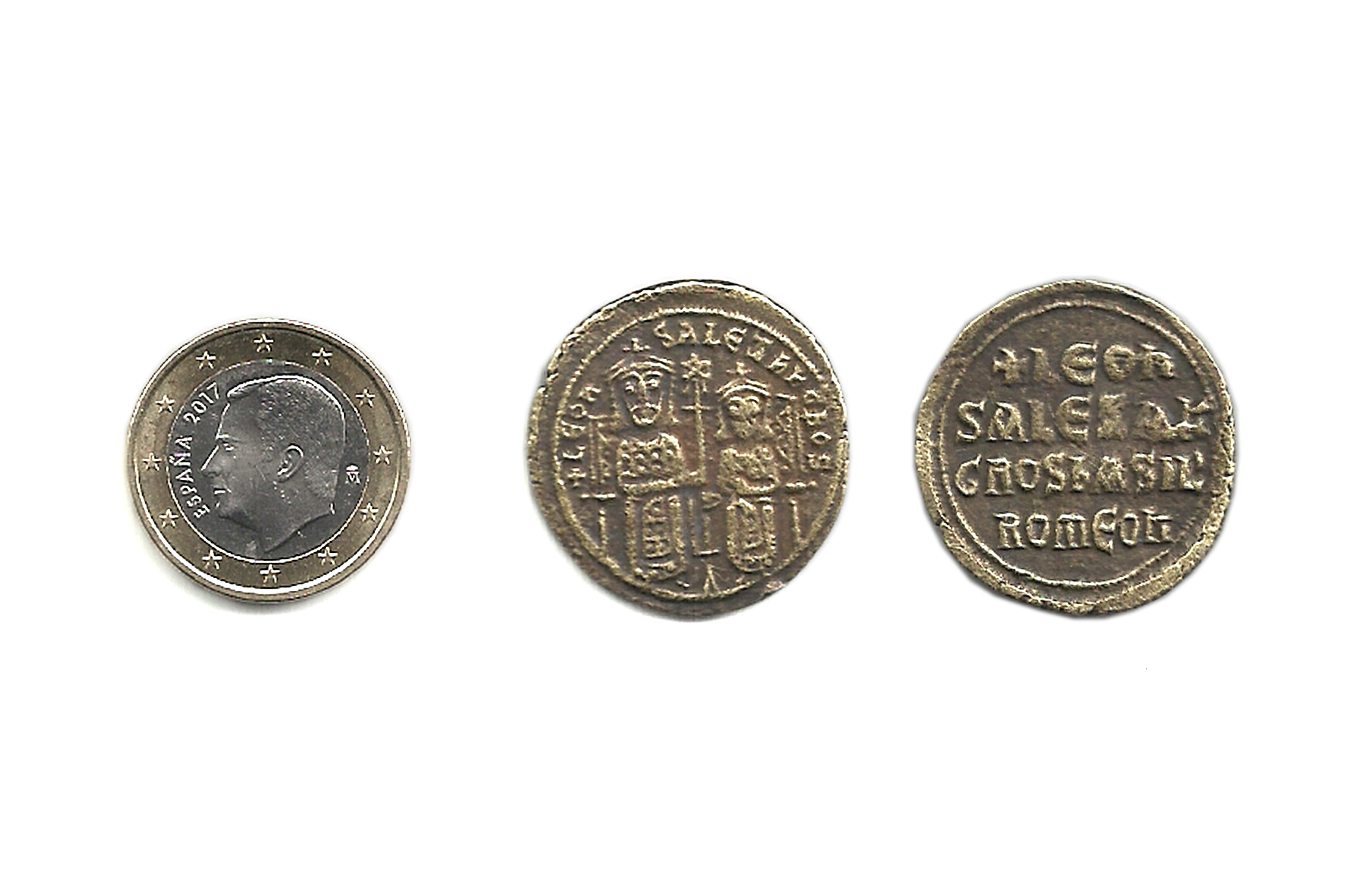 Follis de León VI