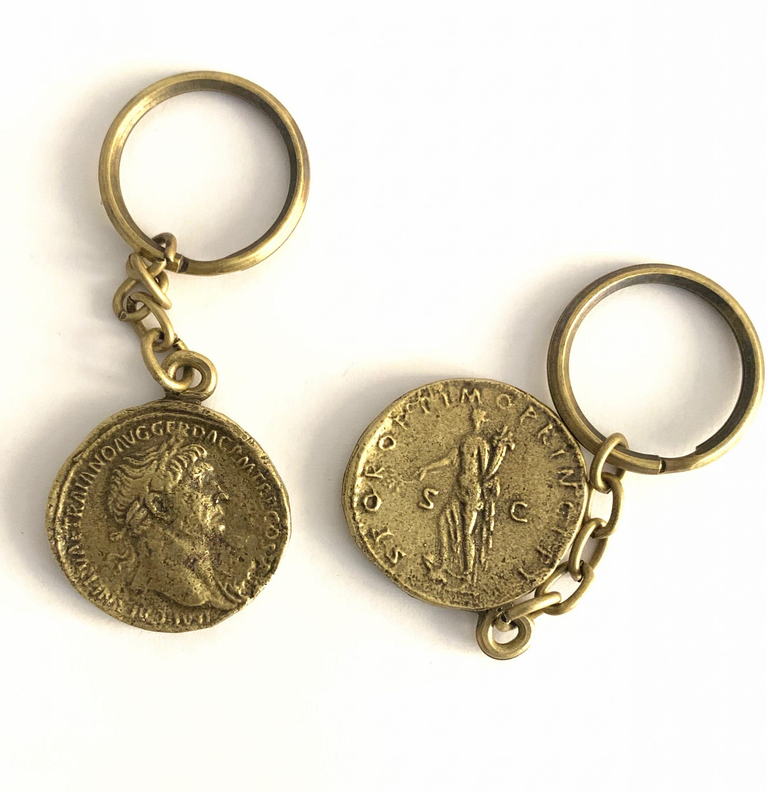 Llavero Trajano